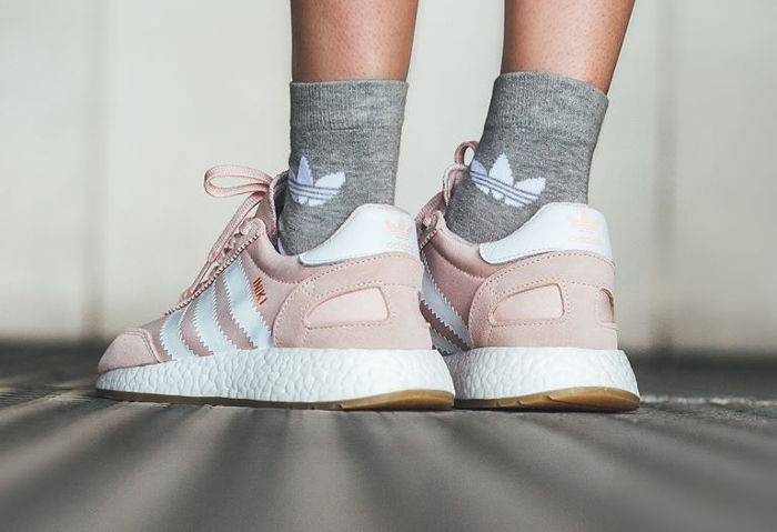 Basket Adidas Iniki Runner W Icey Pink Gum (1)