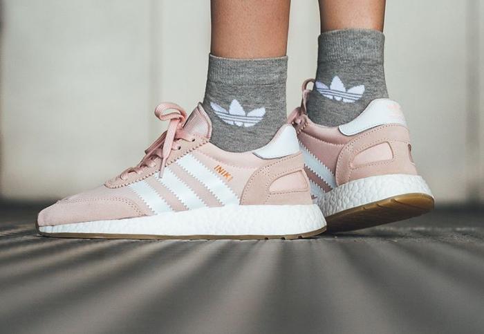 Basket Adidas Iniki Runner W Icey Pink Gum (2)