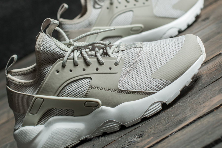 Basket Nike Air Huarache Ultra BR Pale Grey (3)