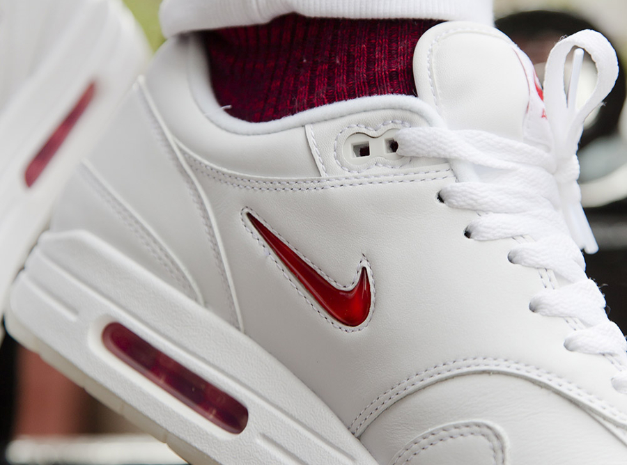 Basket Nike Air Max 1 Premium Jewel White Red (3)