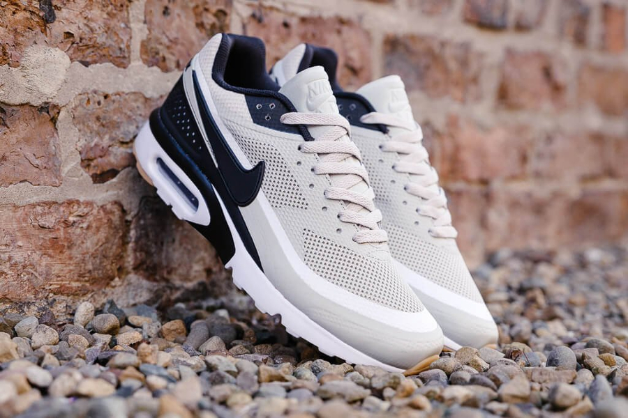 huge selection of 47102 281a0 Basket Nike Air Max BW Ultra Pale Grey (1)