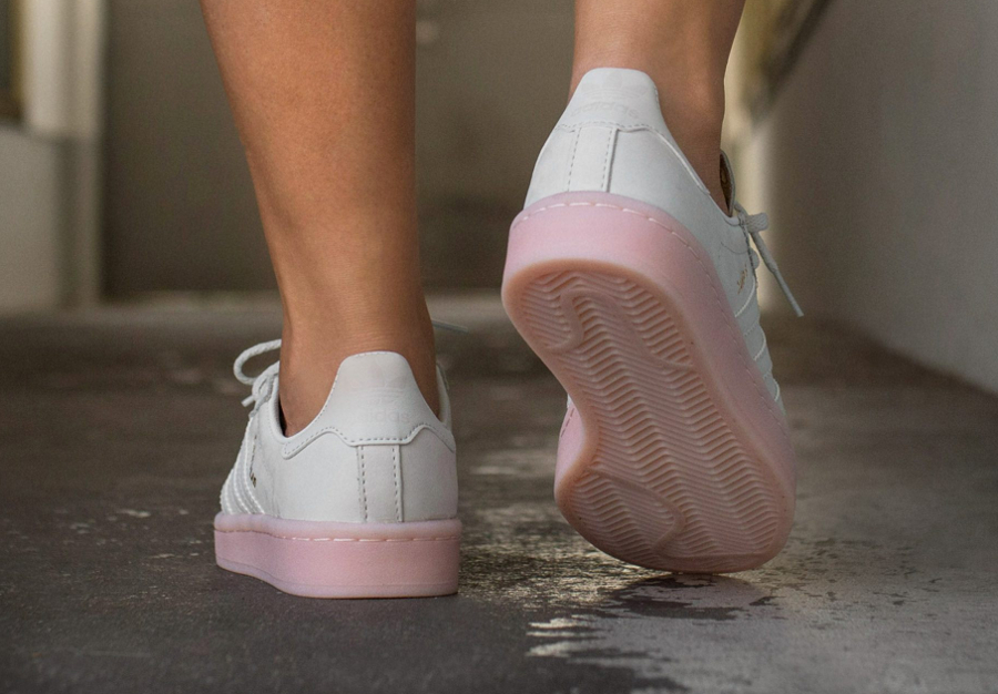 the latest 29d0e ffdb3 Chaussure Adidas Campus femme White Icey Pink (3)