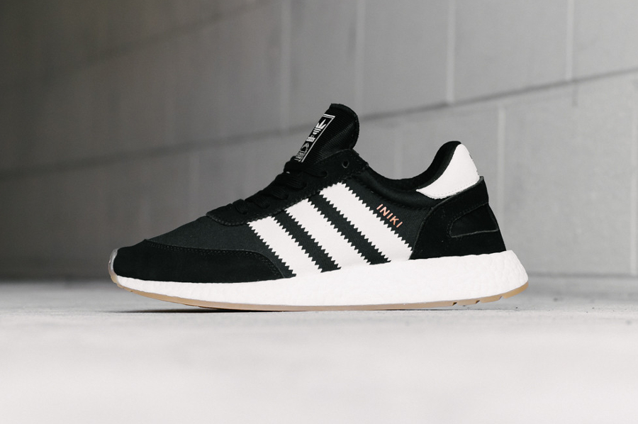 Chaussure Adidas Iniki Runner Boost Black Gum (2)