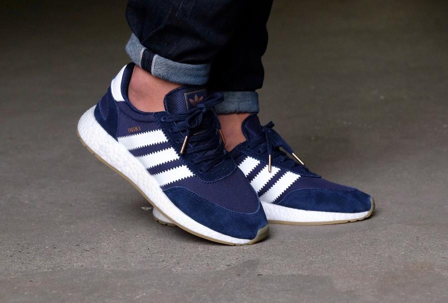 Chaussure Adidas Iniki Runner Boost Bleu Marine