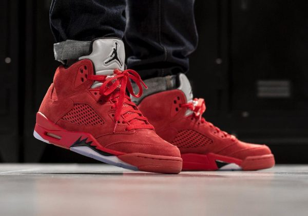 Chaussure Air Jordan 5 Retro Red Suede Flight Suit (4)