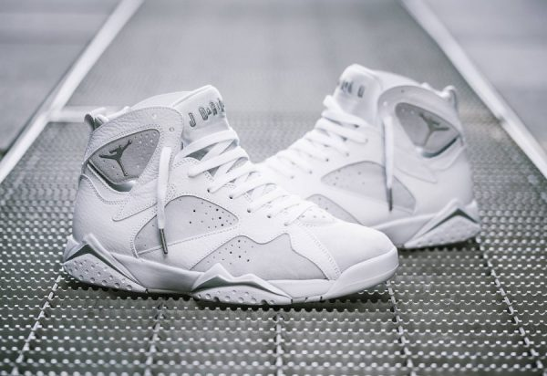 Chaussure Air Jordan VII 7 Retro Blanche Pure Money (3)