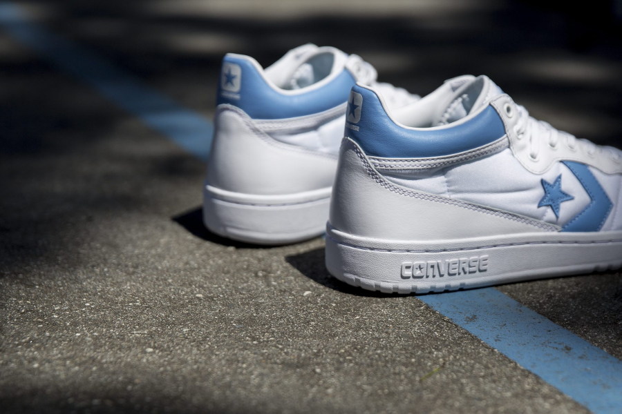 Chaussure Converse Fastbreak UNC Alumni (3)