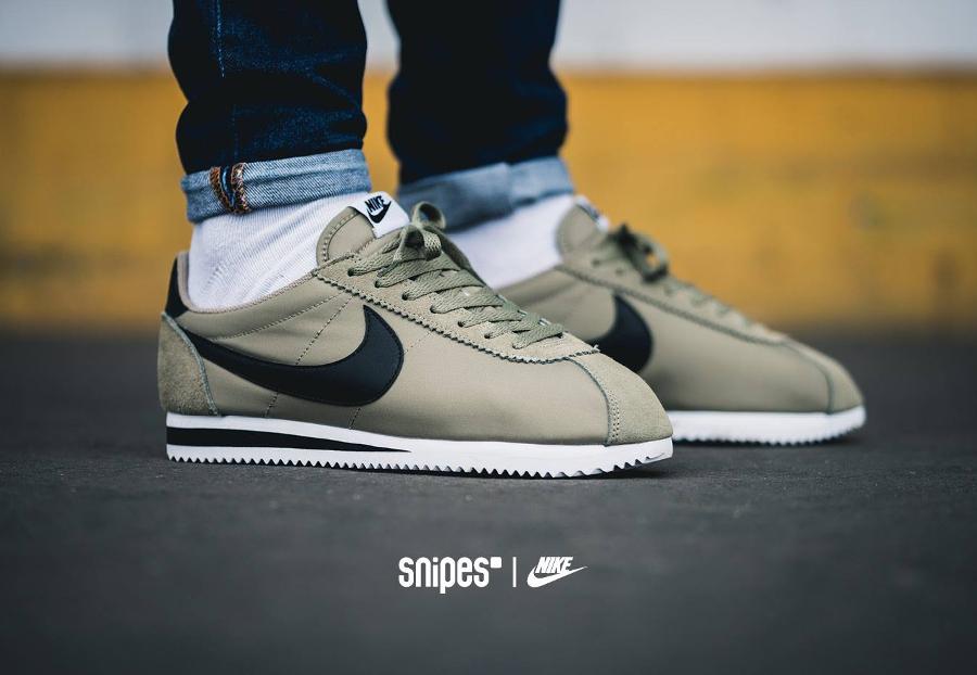 Chaussure Nike Classic Cortez Nylon homme Trooper (1)