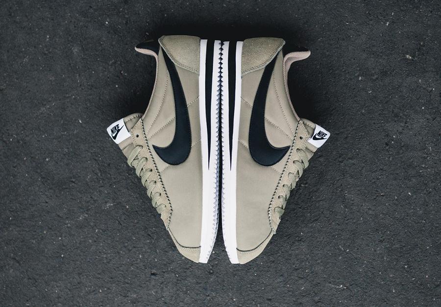 Chaussure Nike Classic Cortez Nylon homme Trooper (3)