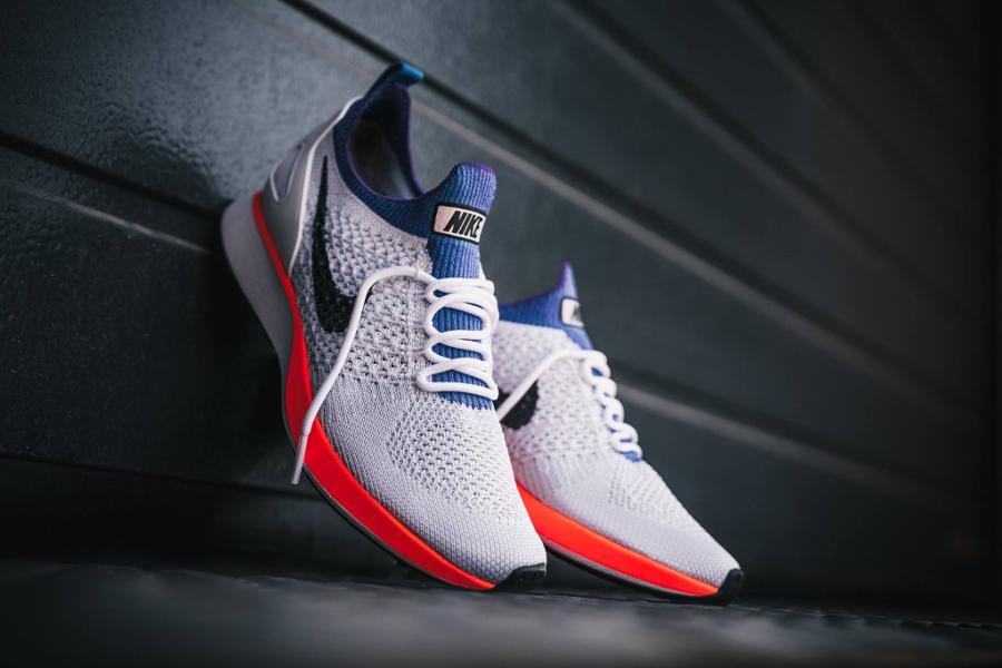 Chaussure Nike Mariah Flyknit Racer Hyper Crimson (6)
