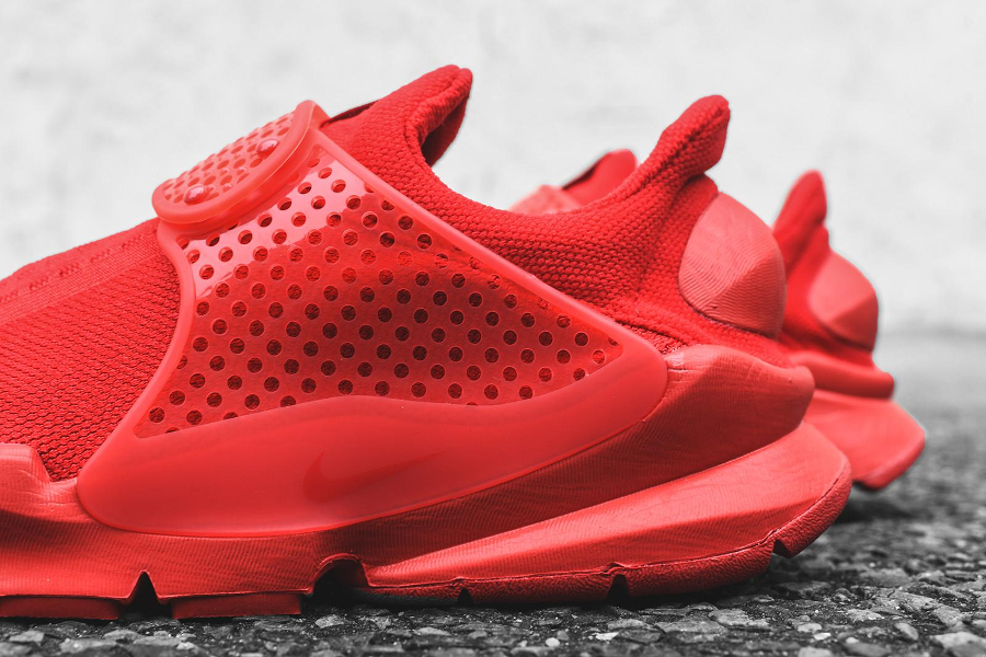 Chaussure Nike Sock Dart Triple Red (Rouge) (4)