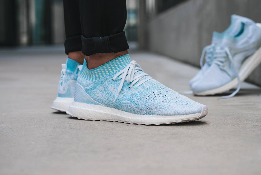 Chaussure Parley x Adidas Ultra Boost Uncaged Icey Blue (1)