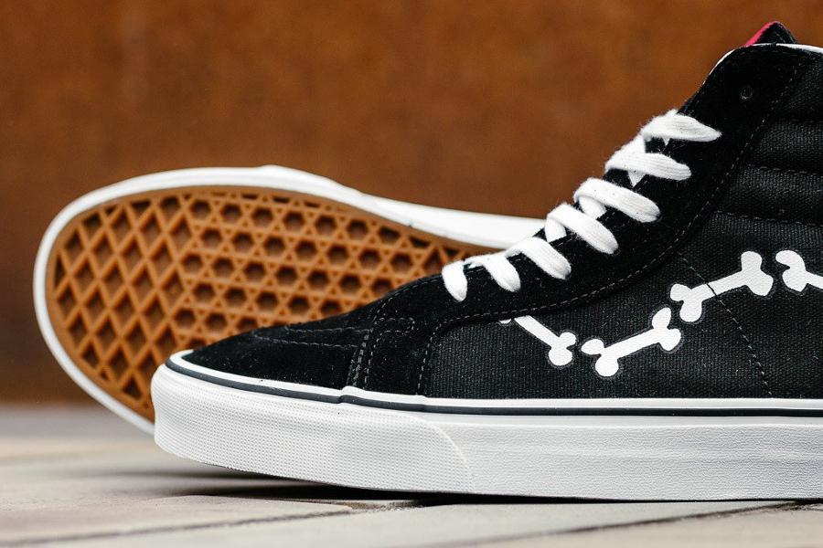 Chaussure Peanuts x Vans SK8 Hi Reissue Bones os (3)