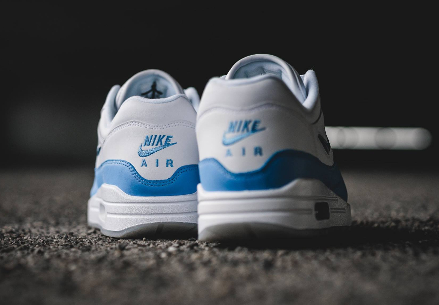Basket Nike Air Max 1 PRM Jewel University Blue (1)