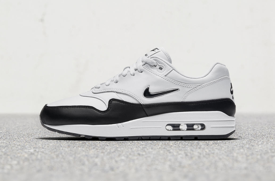 Basket Nike Air Max 1 Premium Jewel Black White (1)
