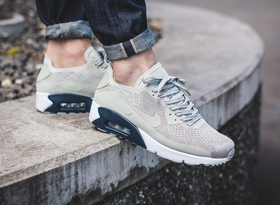 Nike Air Max 90 Ultra 2.0 Flyknit Beige 'Pale Grey' : où l