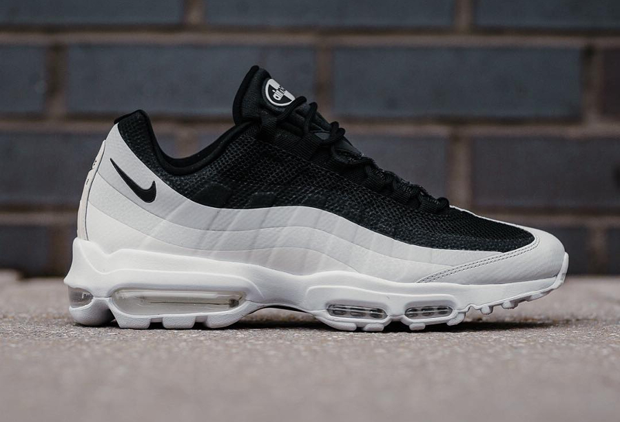 Basket Nike Air Max 95 Ultra Essential Black White
