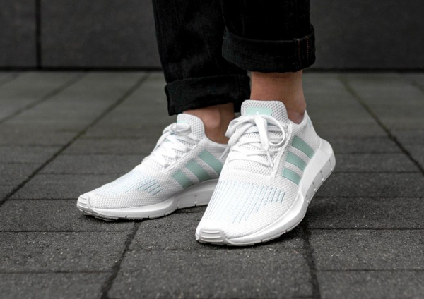 Chaussure Adidas Swift Run W femme Ice Mint (1)