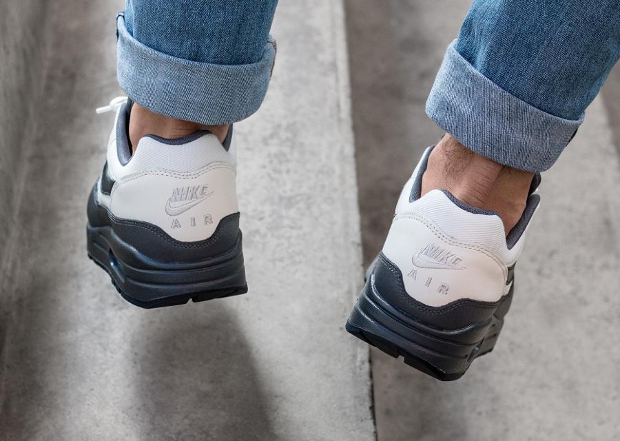 Chaussure Nike Air Max 1 PRM Dark Obsidian (1)