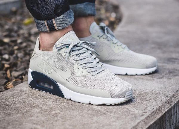 big sale 643bf 293ed Chaussure Nike Air Max 90 Ultra 2.0 Flyknit Beige Pale Grey (homme)