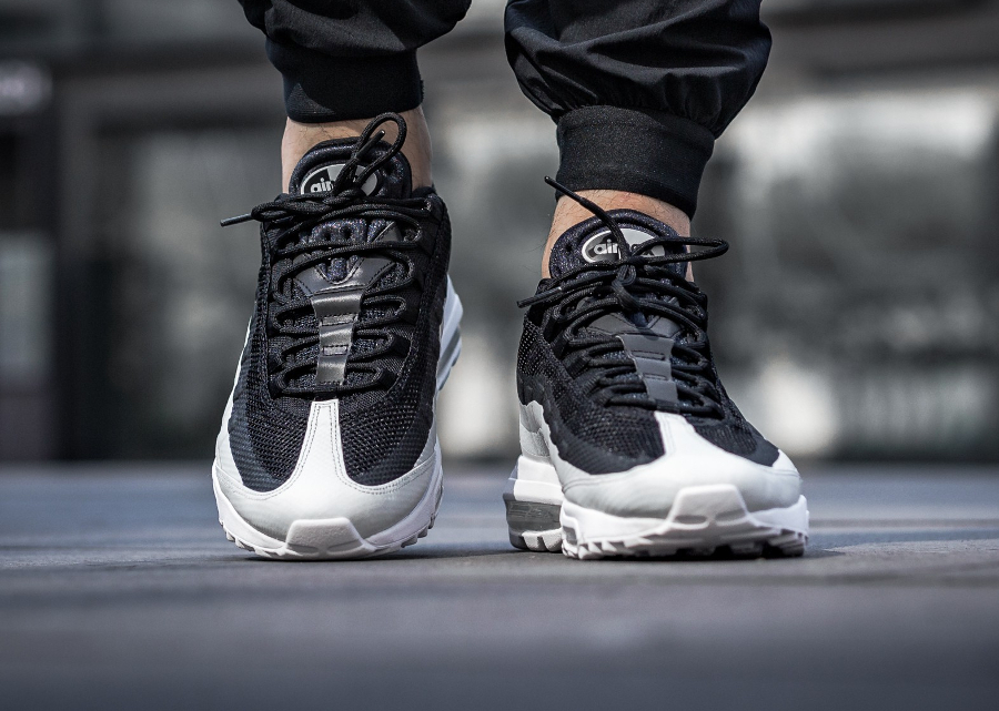Nike Air Max 95 Ultra Essential 'Black White'