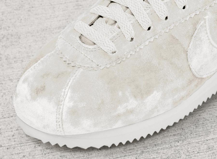 Chaussure Nike Cortez LX femme Velvet Blanche White (2)