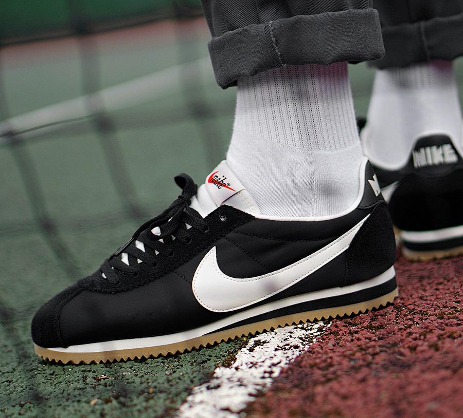 Chaussure Nike Cortez Nylon PRM 72 Oregon Black Gum