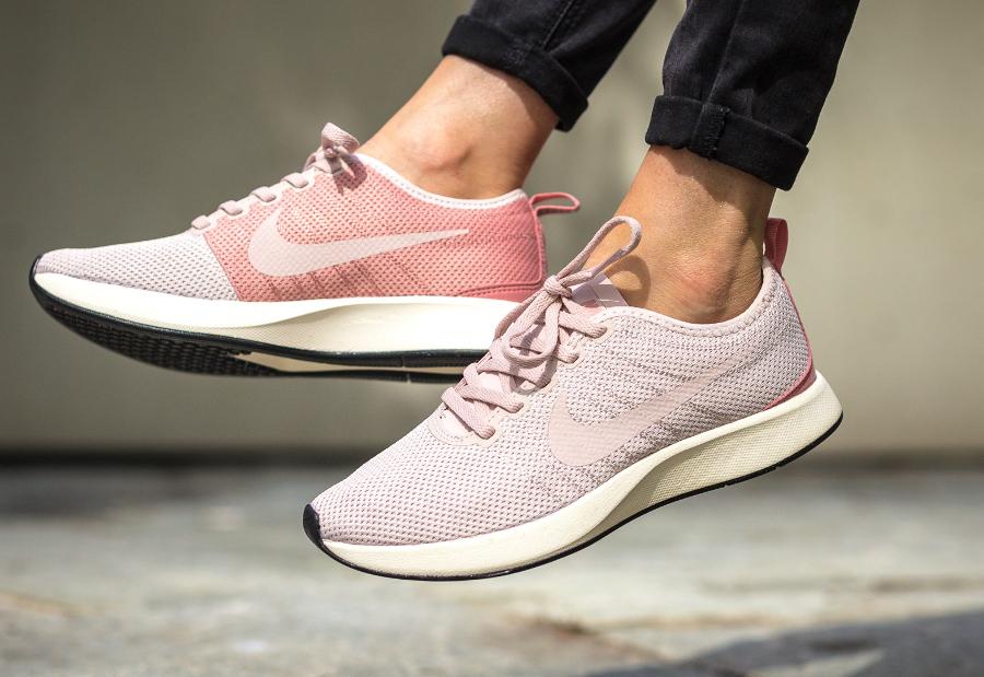 Chaussure Nike Dualtone Racer femme Rose Silt Red (1)
