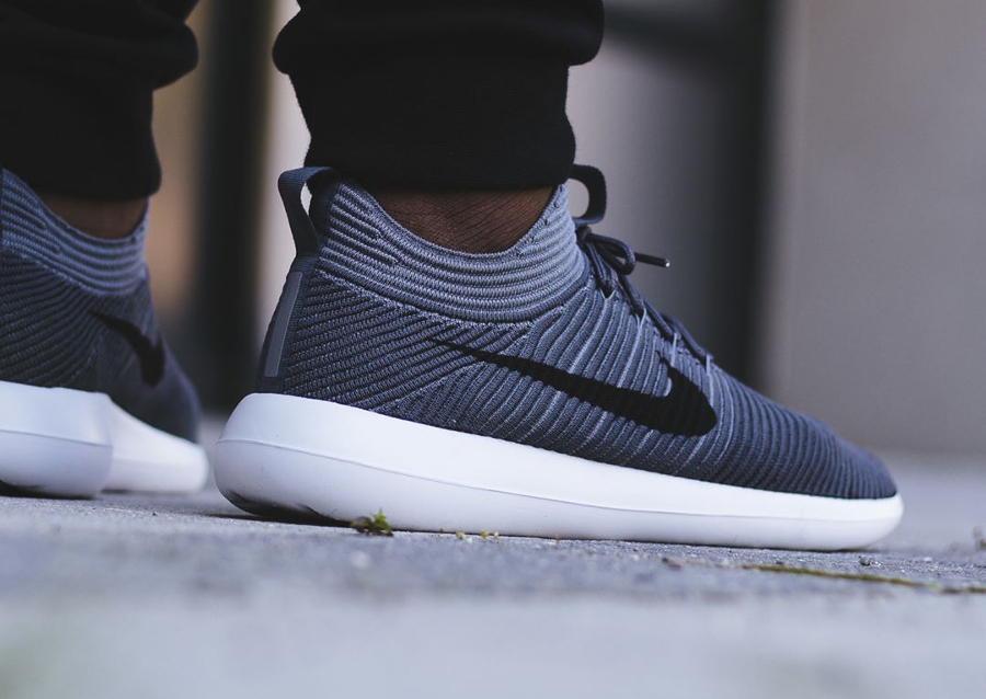 Male Nike Roshe Two Midnight Navy/Black/Sail/Volt Casual Shoes