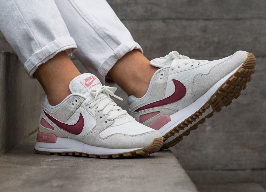 Nike Wmns Air Pegasus 89 'Red Stardust'