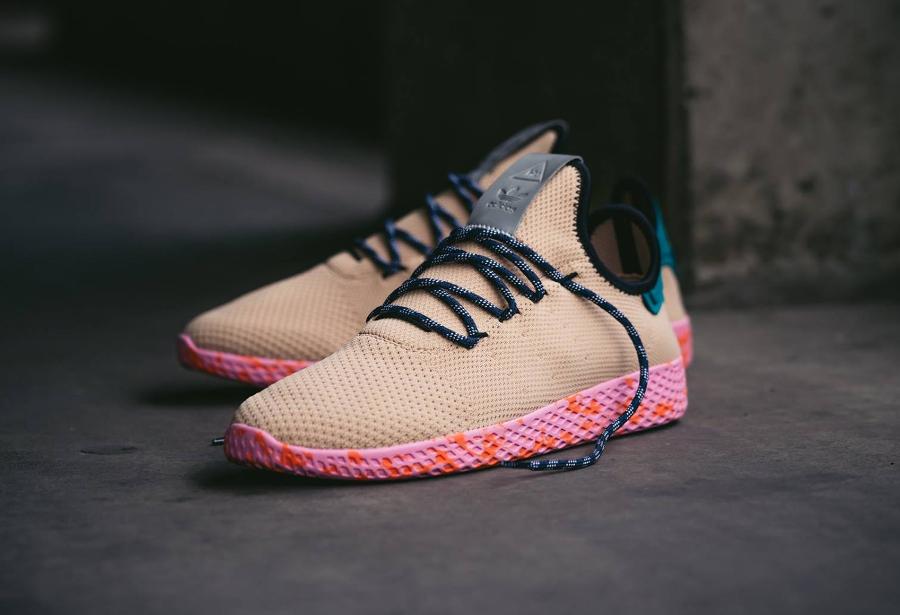 Chaussure Pharrell Williams x Adidas Tennis Hu Marble Nomad Yellow (2)