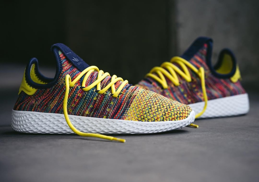 Chaussure Pharrell Williams x Adidas Tennis Hu Multicolor Noble Ink (1)