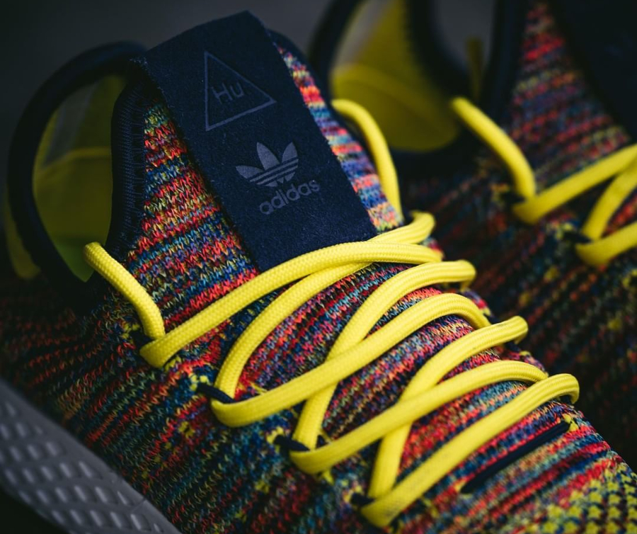 Chaussure Pharrell Williams x Adidas Tennis Hu Multicolor Noble Ink (2)