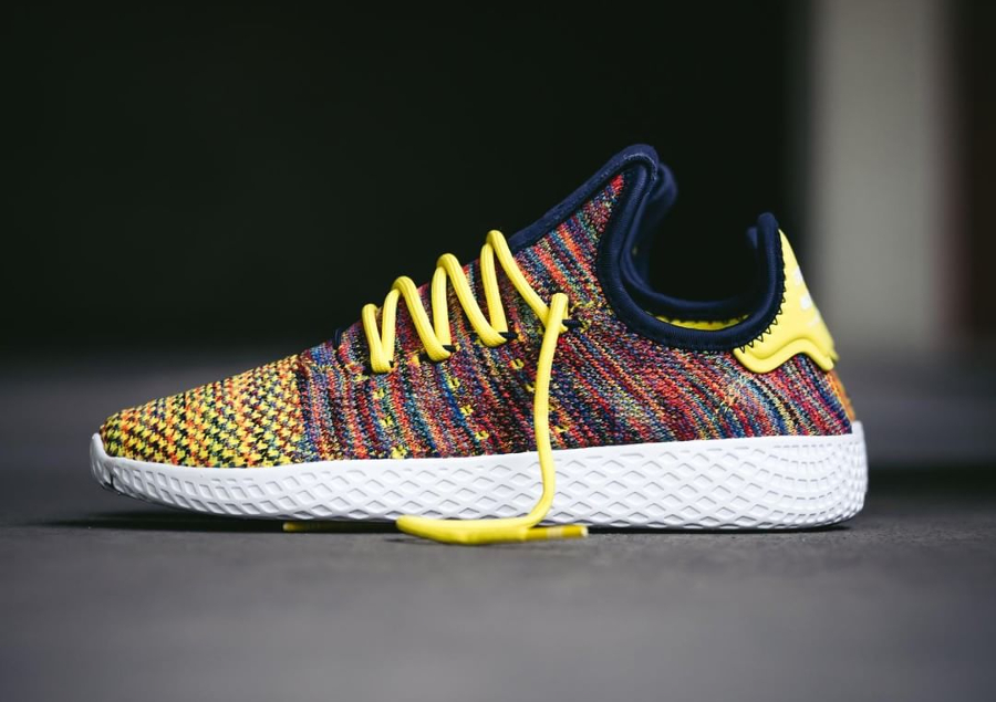 Chaussure Pharrell Williams x Adidas Tennis Hu Multicolor Noble Ink (3)