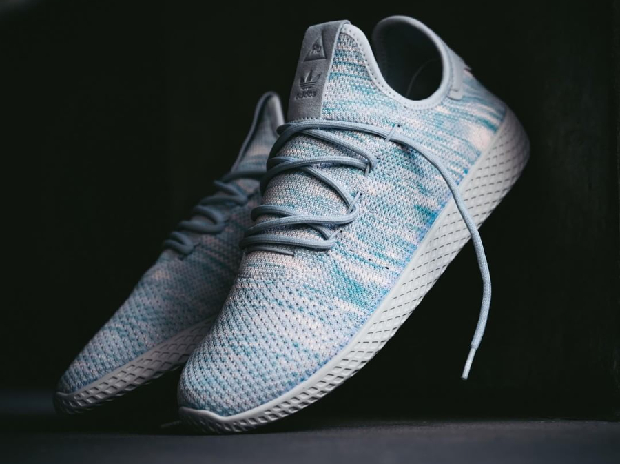 Chaussure Pharrell Williams x Adidas Tennis Hu Noble Ink (1)
