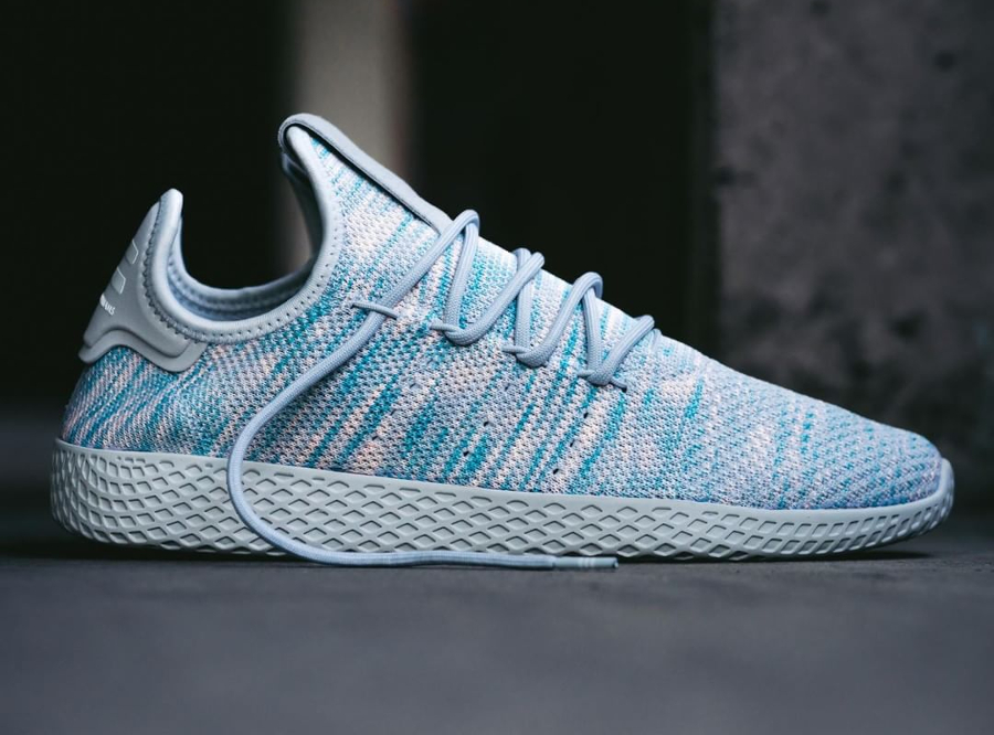 Chaussure Pharrell Williams x Adidas Tennis Hu Noble Ink (2)