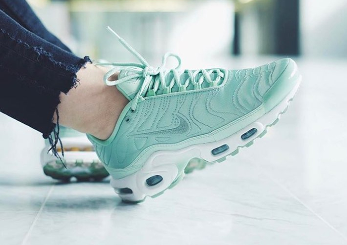 Nike Air Max Plus SE Enamel Green - @swooshycat