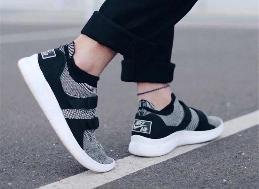 Nike Sock Racer Ultra Flyknit - @nciktna