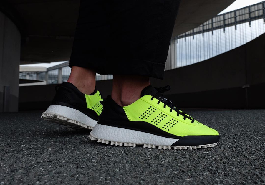Basket Adidas Originals Hike Low Solar Yellow (2)