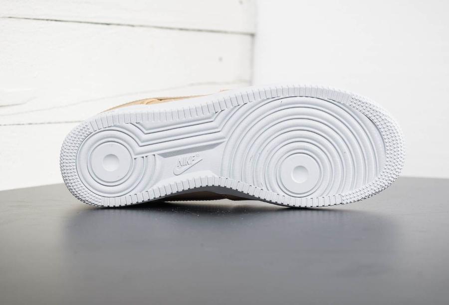 Basket Nike Air Force 1 07 basse cuir premium beige homme (1-1) (6)