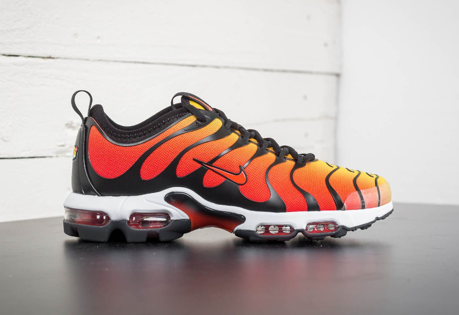 Basket Nike Air Max Plus TN Ultra OG Tiger Orange (2)