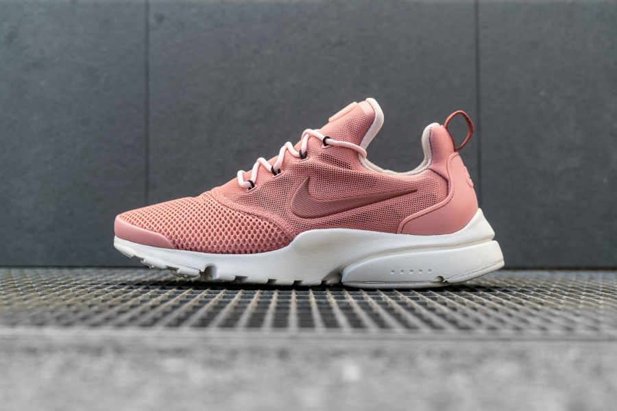 Basket Nike Wmns Air Presto Fly Red Stardust (1)