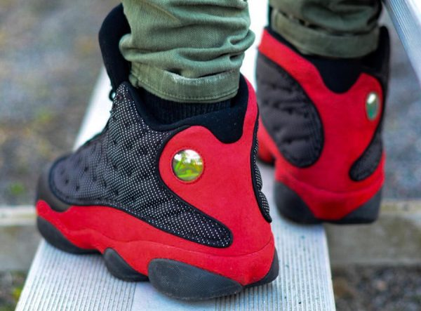Chaussure Air Jordan 13 Bred on feet (1)