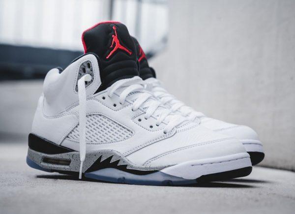 Chaussure Air Jordan 5 Retro Blanche White Cement AJ4 OG (1)