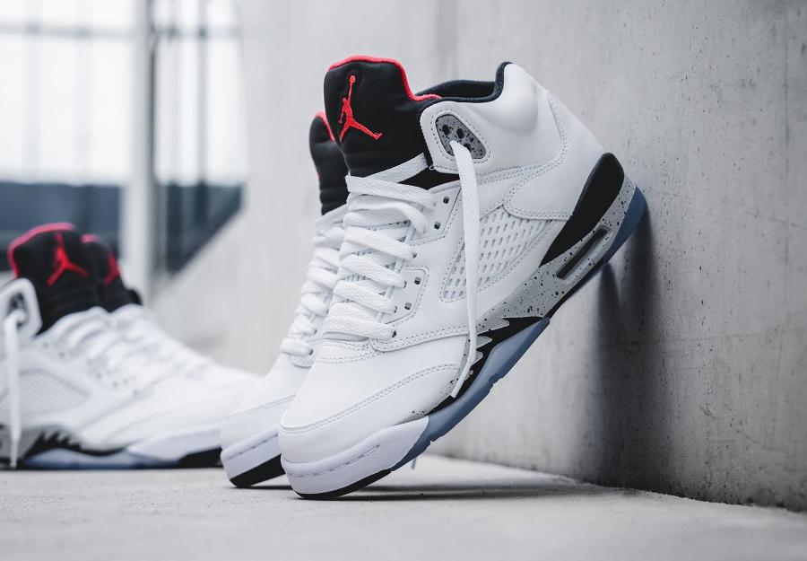 Chaussure Air Jordan 5 Retro Blanche White Cement AJ4 OG (2)
