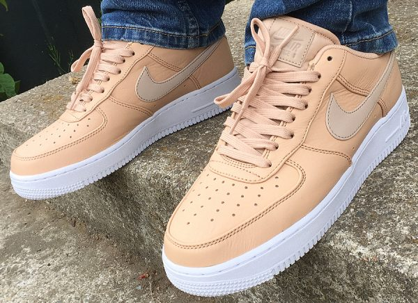 best website 34fa3 a4a6c Chaussure Nike Air Force 1 07 Premium Vachetta Tan Beige couv