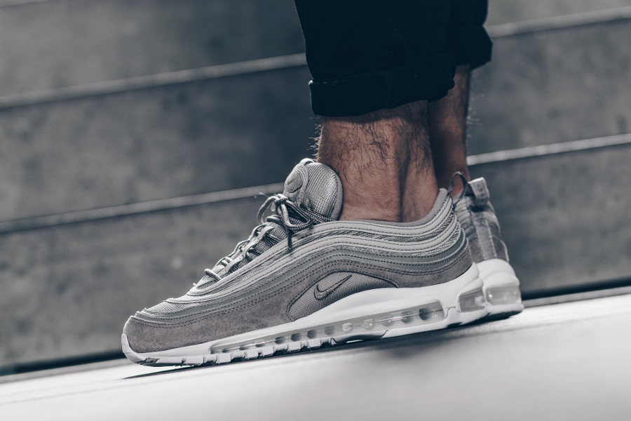 Chaussure Nike Air Max 97 Grise Cobblestone Suede (2-1)
