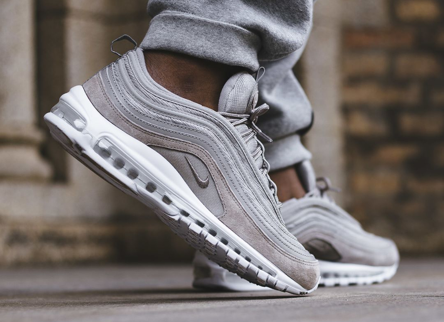 Chaussure Nike Air Max 97 Grise Cobblestone Suede (3)