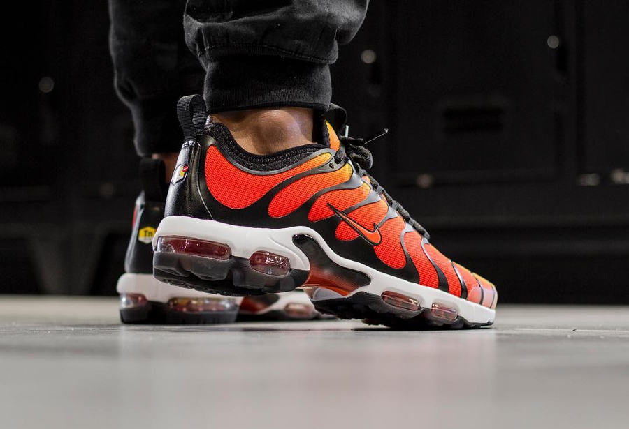 best website 50e8e 95f1a Nike Air Max Plus Requin OG 'Tiger Orange' TN Ultra