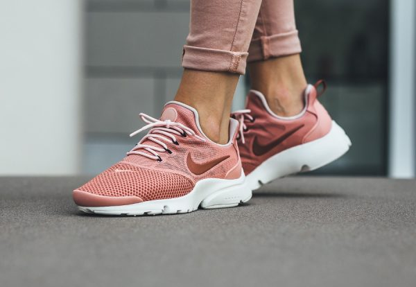 Chaussure Nike Air Presto Fly femme Rose Red Stardust